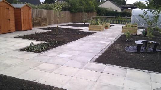 School garden paving
