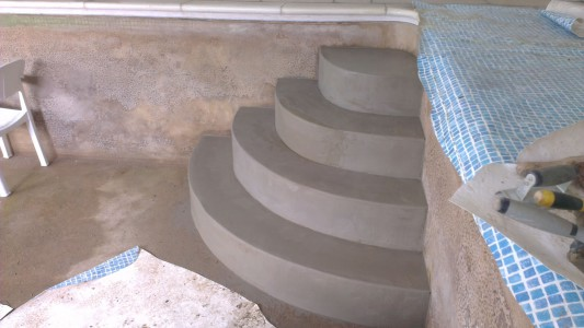 Pool steps contructions
